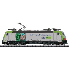 Locomotive BLS  Cargo 486 AG  N Trix Minitrix