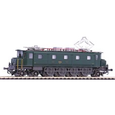 Locomotive SBB Ae 4/7 EP III HO AC Digital  Piko